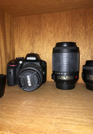 Nikon D3300 3 lenses, 5 batteries for Sale in Oceanside, CA