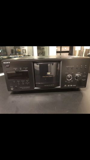 400 DVD and CD carrousel Sony player for Sale in Seattle, WA