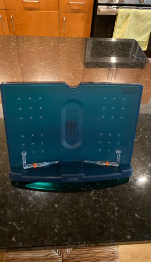 Text book stand and holder for Sale in Chicago, IL