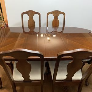 Cherrywood Antique Dining Room Set for Sale in Washington, DC