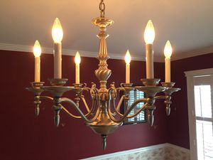 Chandelier-Quoizel 6 arm/candle for Sale in Penndel, PA
