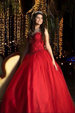 Quinceañera dress. Vestido de quinceañera for Sale in Miami, FL