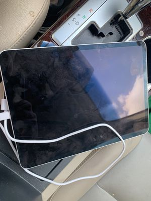 2018 iPad Pro, 11 inch (WiFi) for Sale in Helotes, TX