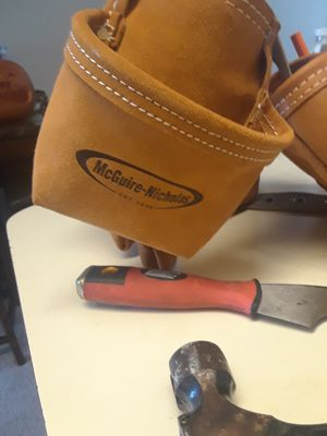 Mcguire Nicolas tool belt,new red chalk line ,used hammer for Sale in Lake Worth, FL