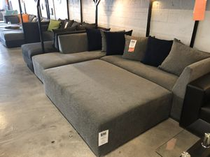 Modeno Grey 2PC Sectional 💥 for Sale in Miami Springs, FL