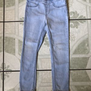 5/6 Like New Toddler Girl Pants for Sale in Riverside, CA