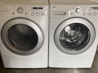 Excellent Set Washer And Dryer Electric Model LG EVERYTHING WORKS PERFECT 👌 for Sale in Portland,  OR