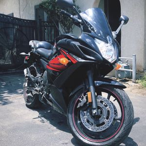 Yamaha FZ6R for Sale in Bloomington, CA
