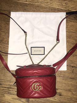 Gucci Bag (authentic) for Sale in Seattle,  WA