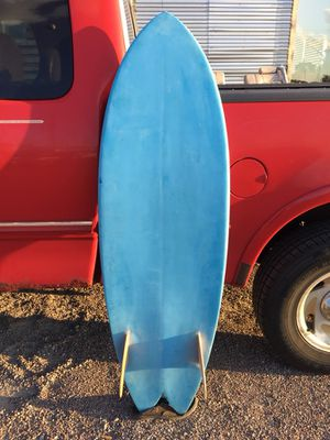 5'5 fish surfboard twin fin for Sale in Queens, NY