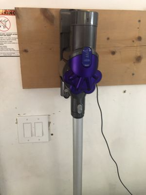Dyson vacuum for Sale in Federal Way, WA