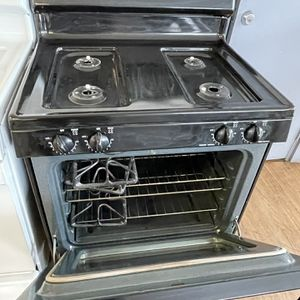 Black Gas Stove All Parts Included for Sale in Stockton, CA