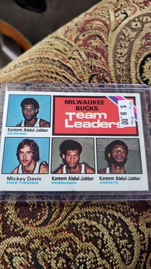 1974-75 & 1975-76 Topps Basketball for Sale in Gold Hill, OR