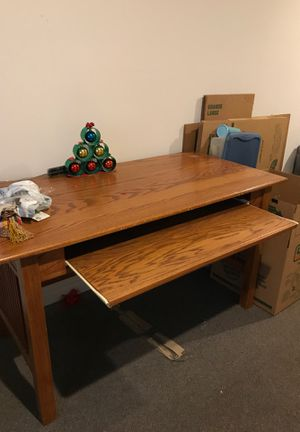 Wooden computer table for Sale in Raleigh, NC