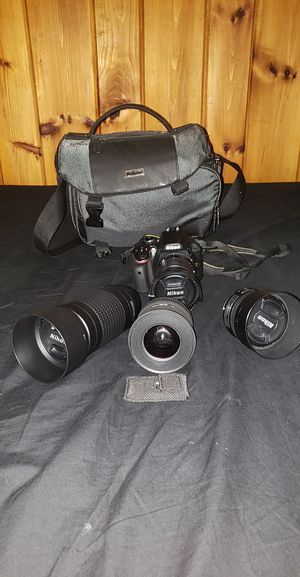 Nikon DSLR Camera 3400 w/ accessories, 24.2 MEGAPIXELS, DX FORMAT for Sale in Hartford, CT