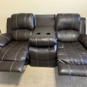 Leather couch With Recliner for Sale in Alpharetta, GA