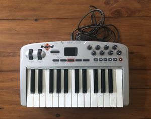 M-Audio Oxygen 8 V2 USB Midi Keyboard for Sale in Oakton, VA