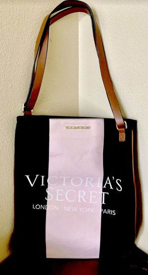 NEW without tags Victoria's Secret large shoulder bag for Sale in Puyallup, WA