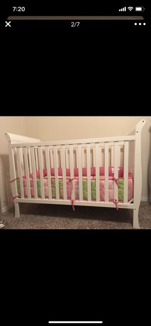 Crib & Changing Table for Sale in Austin, TX