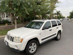 2005 Jeep grand Cherokee 4 x 4 for Sale in La Mirada, CA
