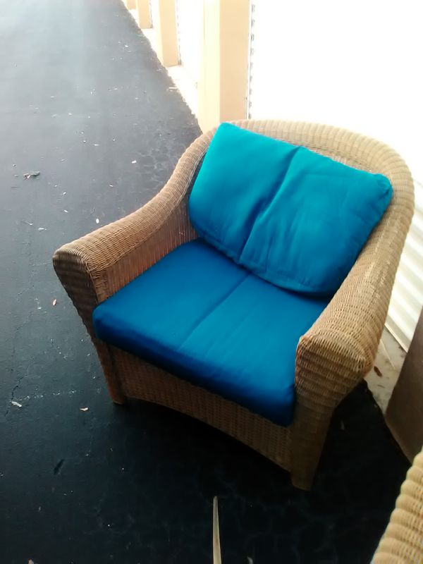 Whicker Patio Chair with cushion