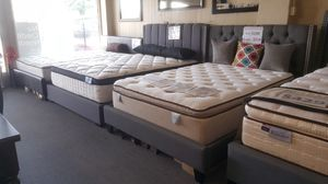 Brand new gray linen queen bed frame for Sale in San Diego, CA