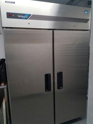 Hoshizaki 2 door reach-in fridge for Sale in Scottsdale, AZ