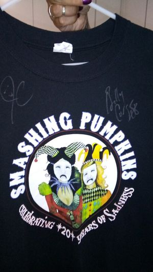 Band shirt Memorabilia autographed for Sale in Fresno, CA