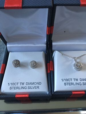 Diamond necklace and earrings for Sale in Walnut Creek, CA