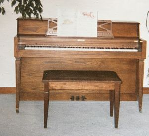 Kincaid console piano for Sale in Ithaca, NY