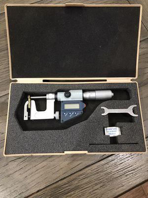 """Mitutoyo micrometer 0-1"""" 0-25mm for Sale in Carol Stream, IL"""