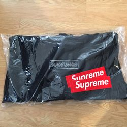 Supreme KAWS Chalk Box Logo Hoodie Size Large for Sale in Rockville,  MD