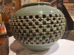 Korean vase for Sale in Fountain Valley, CA