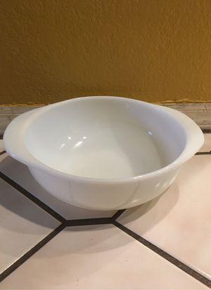 Vintage Pyrex Bowl for Sale in Phoenix, AZ