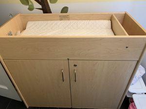 Baby changing table, approved by bright from the start for Sale in Lilburn, GA