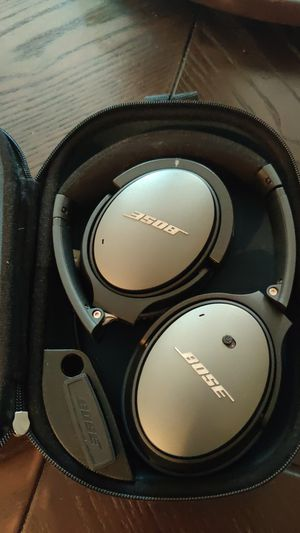 Noice canceling Bose headphones with bluetooth adapter for Sale in Hacienda Heights, CA