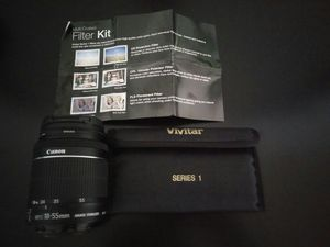 Canon EFS18-55mm IS lens with vivitar 3 filter kit for Sale in Fairfax, VA