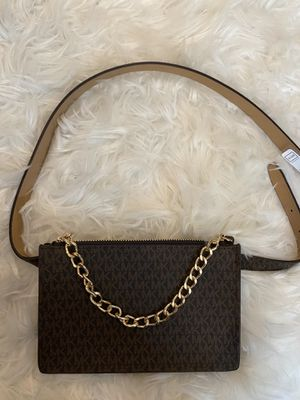 New Michael Kors Belted Waist Bag for Sale in Deer Park, NY