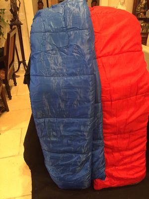 2 sleeping bags for Sale in Las Vegas, NV