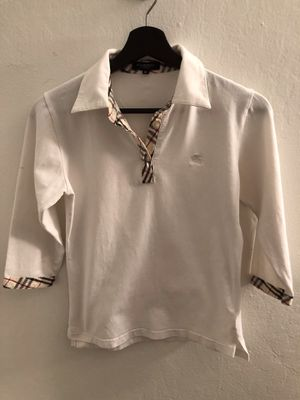 Pre-Owned Women's Burberry Top Size M for Sale in Alameda, CA