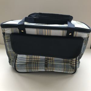 New Axiz Picnic Bag/cooler With Strap Blue Plaid for Sale in Norfolk, VA