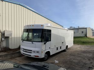 2002 Winnebago Adventurer RV for Sale in Grand Prairie, TX