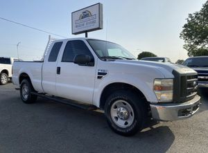 WORK TRUCK 2008 Ford F250 XL EXTENDED CAB SHORT BED SE HABLA ESPAÑOL for Sale in Grand Prairie, TX