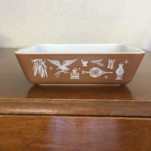 Pyrex baking dish, early American design for Sale in Plantation, FL