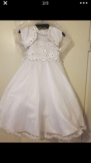 christening gown.. vestido de bautizo size 3 for Sale in Hamilton, OH
