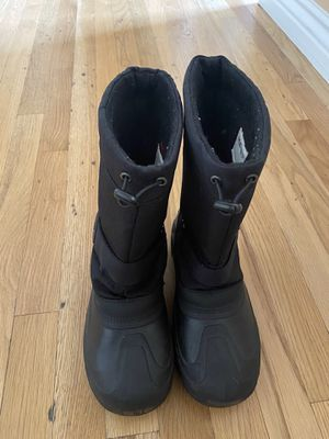 Kids Snow Boots Thermal Size 5 for Sale in Scottsdale, AZ