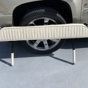 Back Rest With Rod Holders for Sale in Miami, FL