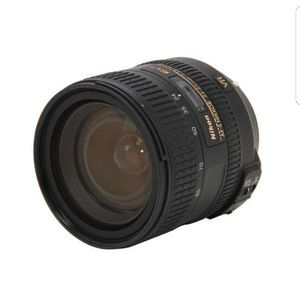 Nikon 24-85 vr lense like new for Sale in Lewisville, TX