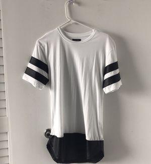 White / Black leather T shirt (ZARA MEN) for Sale in Miami, FL