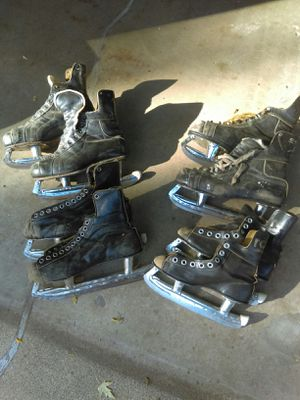 4 pairs of vintage ice skates for Sale in Bloomington, MN